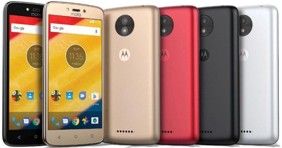 Moto C and Moto C Plus Side by Side image