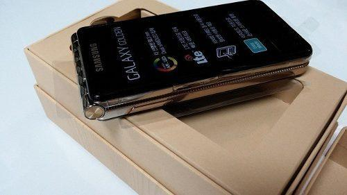 Samsung S Android Based Flip Phone To Launch Soon