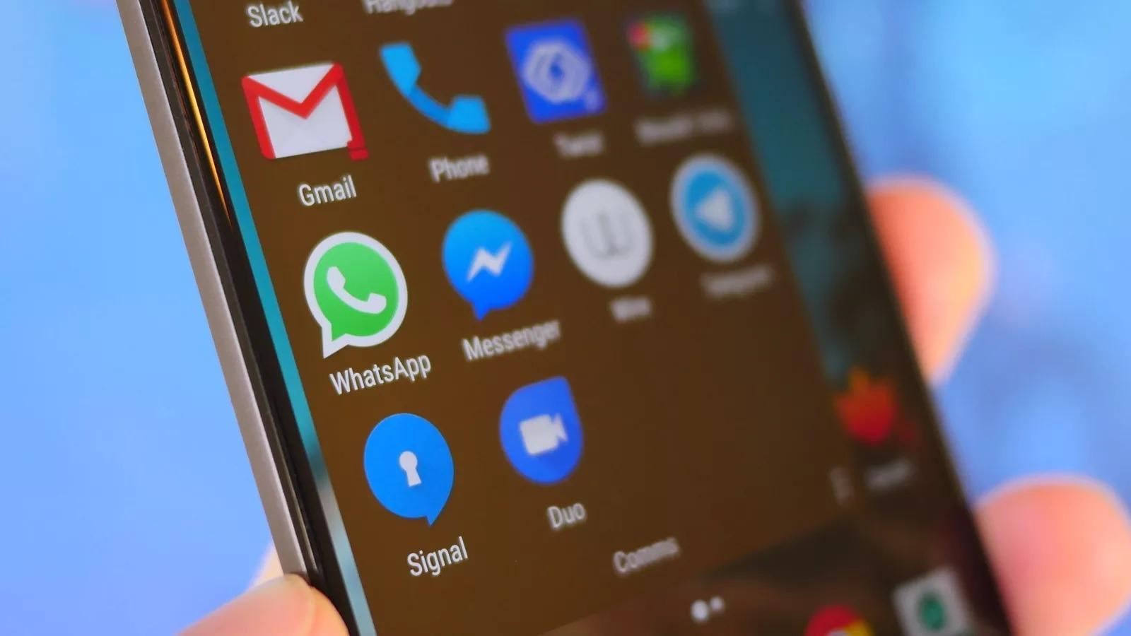 WhatsApp gains special integration with Facebook & Instagram videos, new group admin features
